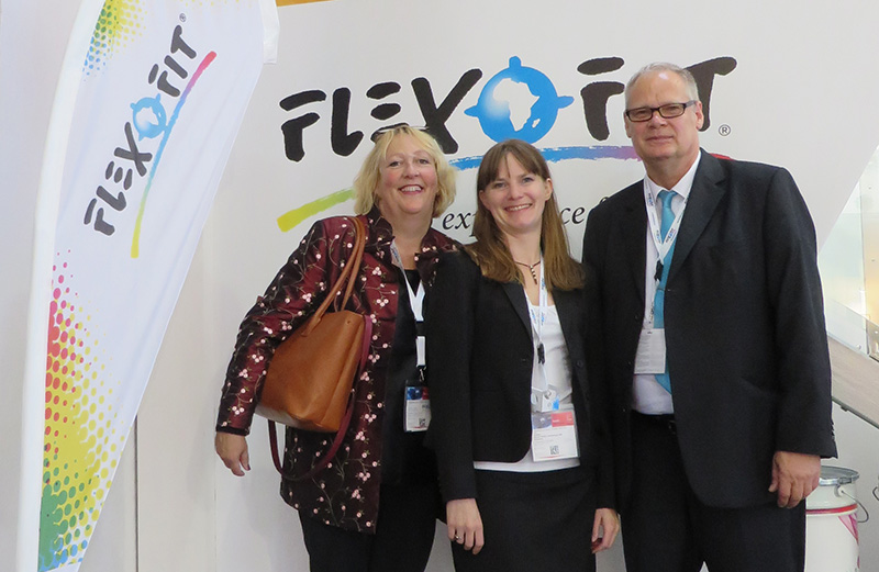 Flexofit Drupa 2016 Paula Landes with Karla and Peter